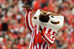 bucky_shoots_and_scores